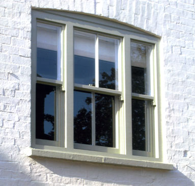 Sash Windows - Kibworth :: Fitting or restoring sash windows quickly adds elegance and style to a traditional building. We do a lot of these and really enjoy the results.